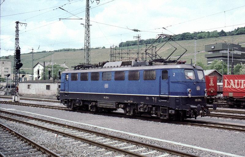 http://www.dominobahn.de/110229.jpg