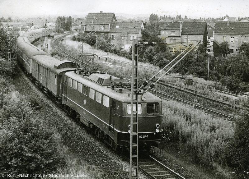 http://www.dominobahn.de/lho1207e.jpg